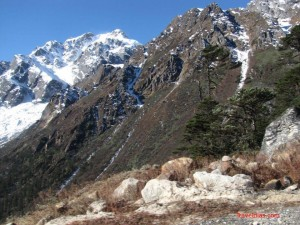 How to reach Silk route in Sikkim?