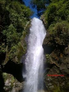Kanchenjunga waterfall - Pelling